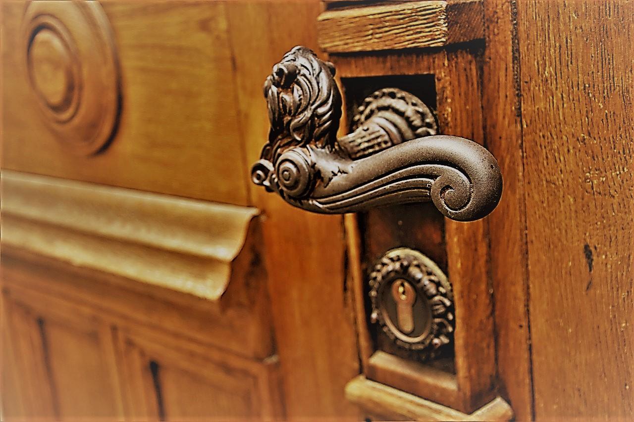 Rénostyl : rénovation de porte et menuiserie