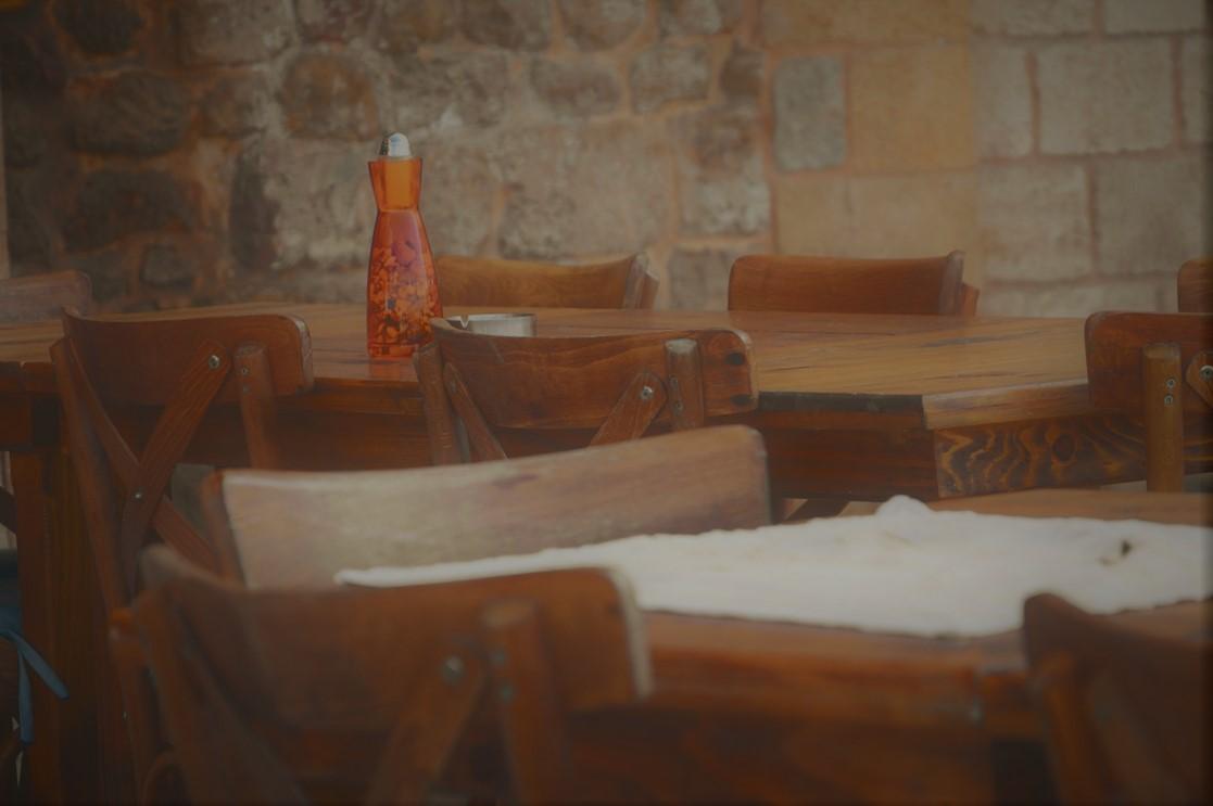 Art de la table au Moyen Age