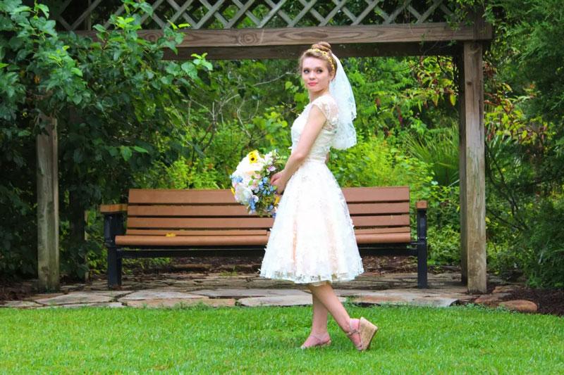 Robes de mariées courtes: de l'élégance au raffinement