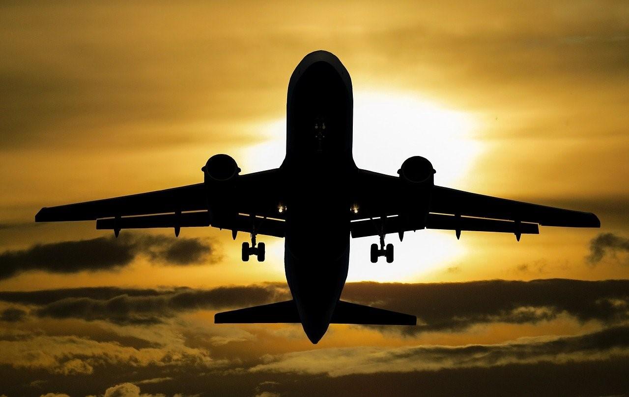 Comment emmener une trottinette électrique dans un avion ?